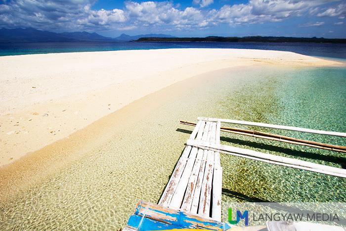 Stunning sandbar of Higatangan Island in Biliran