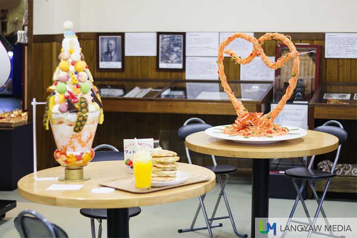 More intricate fake food in the form of spaghetti heart and an intricate sundae