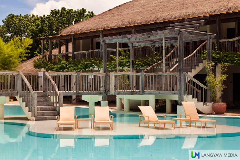 Ah, relaxing stay at Bluewater Panglao. Should you swim here? Or at the beach? Its your call.