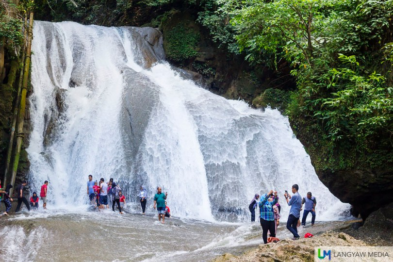 Bantimurung Waterfall is a popular area in the National Park with several visitors bathing and riding the rapids via an inflated tire tube. The cascade is multilevel.