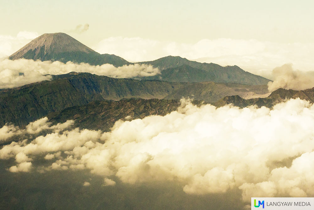 Gunung Bromo in the foreground and Gunung Semeru in the background