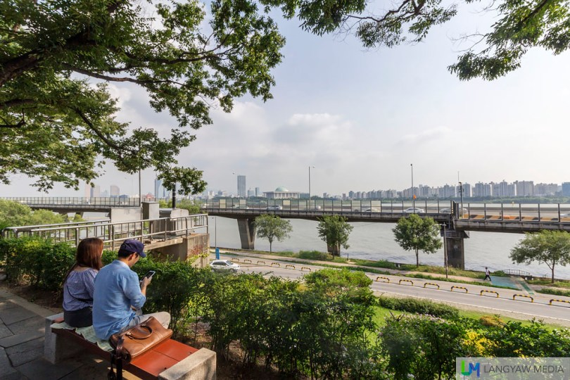 At the garden overlooking the Han River