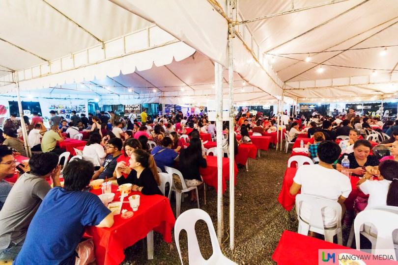 The crowd at Sugbo Mercado