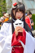 c84-day-1-cosplay-very-hot-indeed-56