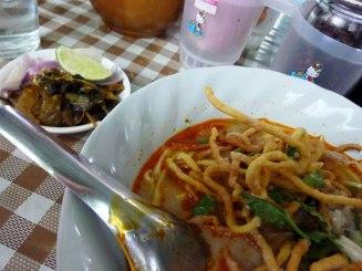Streetside khao soi