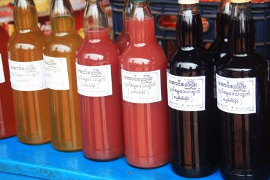 Fruit wine in the market, Loimwe