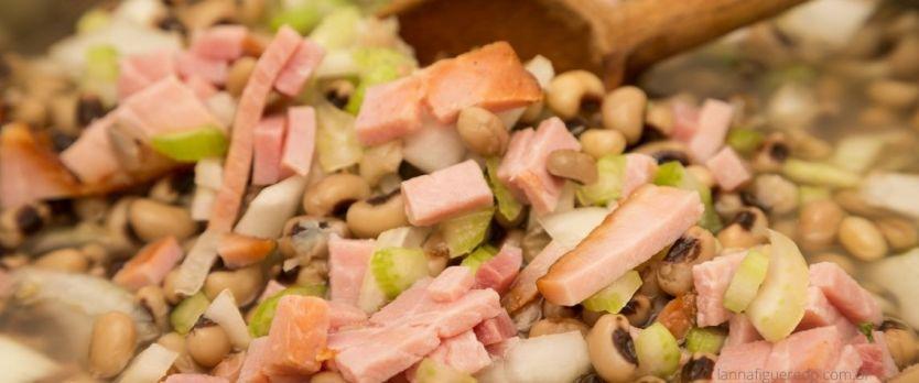 salada de feijão fradinho bacon