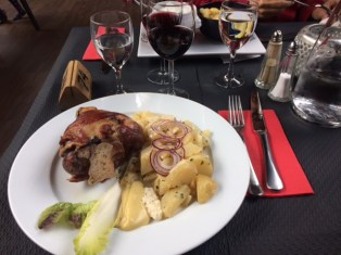 Alsacian meal (meat + potatoes for days)
