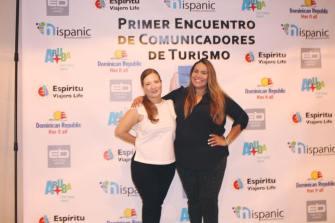Becky García y Ana Cristina Enriquez