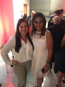 Rosana Cantillo, directora de Publicidad y Ventas de La Nota Latina y Natascha Otero, directora de marketing de AGMUS