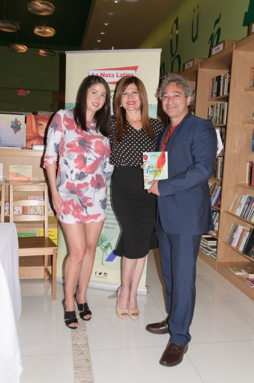 Lesbia Rodriguez, Noel Morgado y Marybel Torres