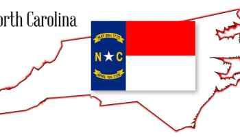 Foto del estado y bandera de Carolina del Norte