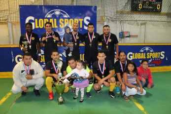 Foto del equipo Campeón: JR