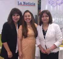 Desde la izquierda: Hilda Gurdián Directora de La Noticia, Odette Sánchez directora ejecutiva de El Buen Pastor Latino Community Services, y Rosario Herrera, directora del mercado latino de La Noticia.