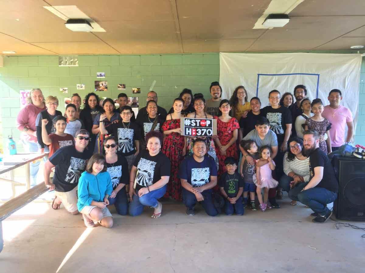Honran y celebran la resistencia de la comunidad latina en Henderson