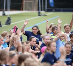 Campeonas de la Copa Mundial realizan clínica anual de fútbol organizada por Blue Cross NC