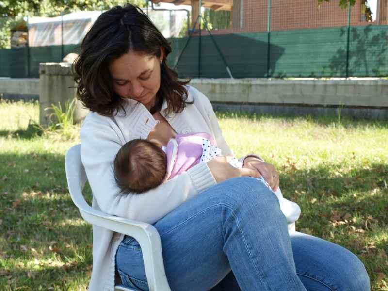 Ideas para que las madres trabajadoras puedan seguir dando de lactar