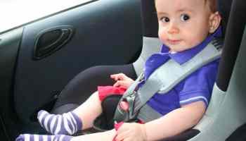 Verifique si están bien colocados los asiento de seguridad para niños