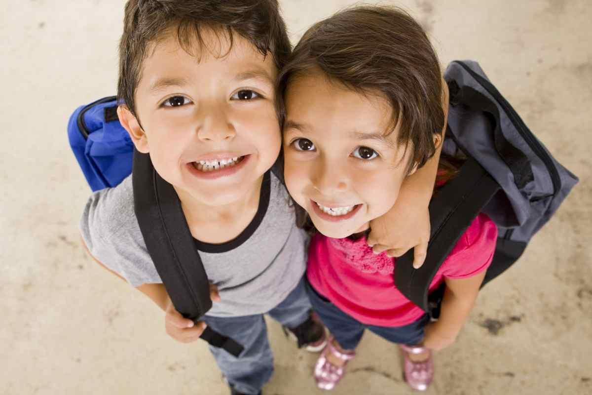 Anuncian entrega gratuita de mochilas con útiles escolares en Winston-Salem