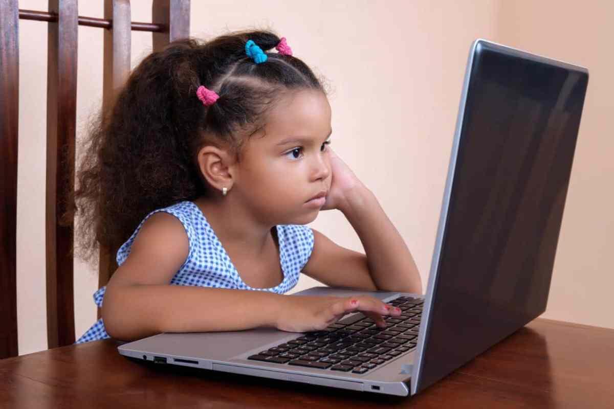 Regreso a clases: Cómo hablar con sus hijos sobre la seguridad en Internet