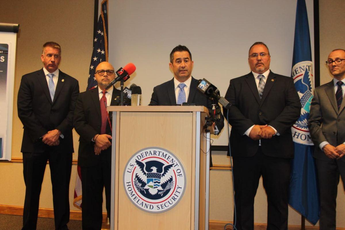 ICE critica a alguaciles por no colaborar con programa que Inmigración usa cada vez menos