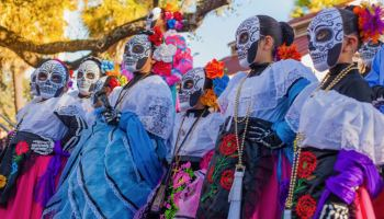 Celebran el Día de los Muertos en High Point
