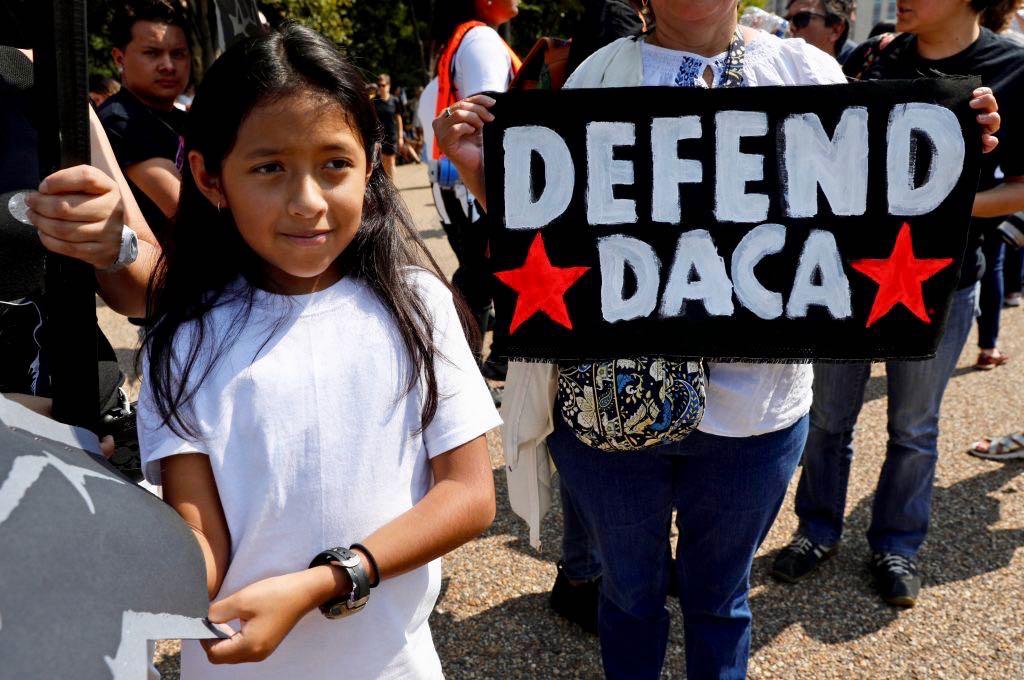 """Más de 3,200 """"soñadores"""" de Carolina del Norte no habrían renovado su DACA"""