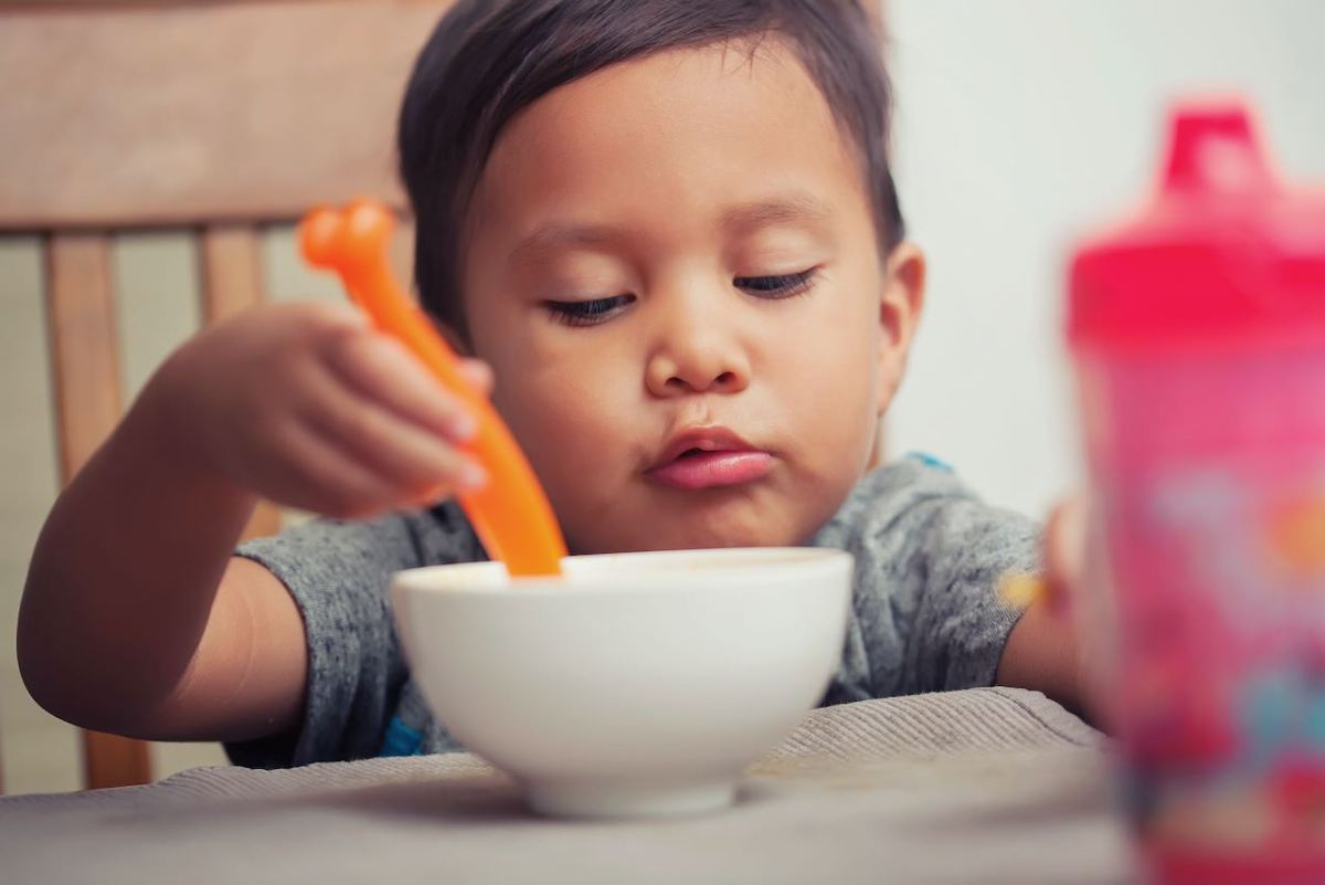 Sistema Escolar de Wake distribuye comidas gratuitas