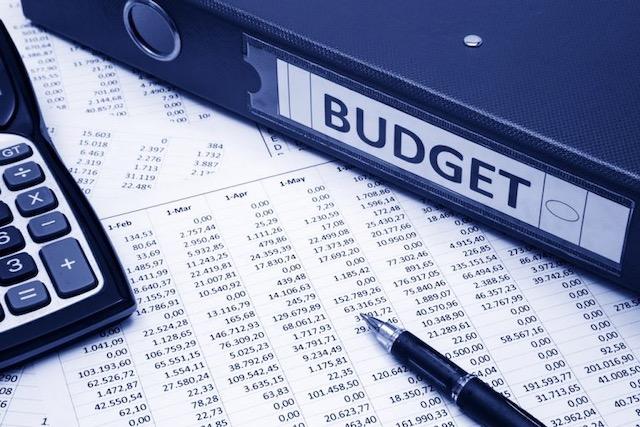 Las prioridades en presupuesto de emergencia de Roy Cooper