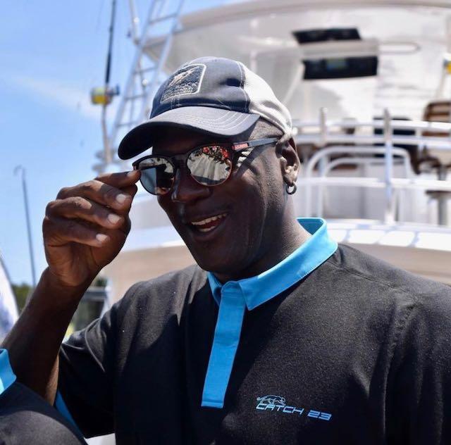 """Michael Jordan brilla en torneo de pesca de Carolina del Norte: """"es bueno volver a casa"""""""