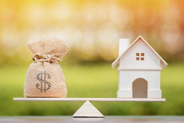 """Política """"secreta"""" niega préstamos para la vivienda a los beneficiarios de DACA"""
