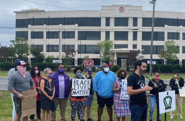 Queen City Unity y manifestantes piden boicot contra CPI Security