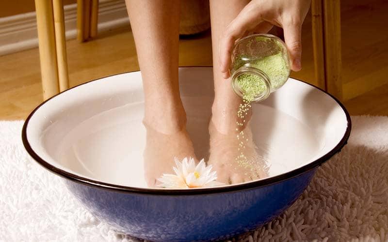 Ritual para mantener los pies hidratados