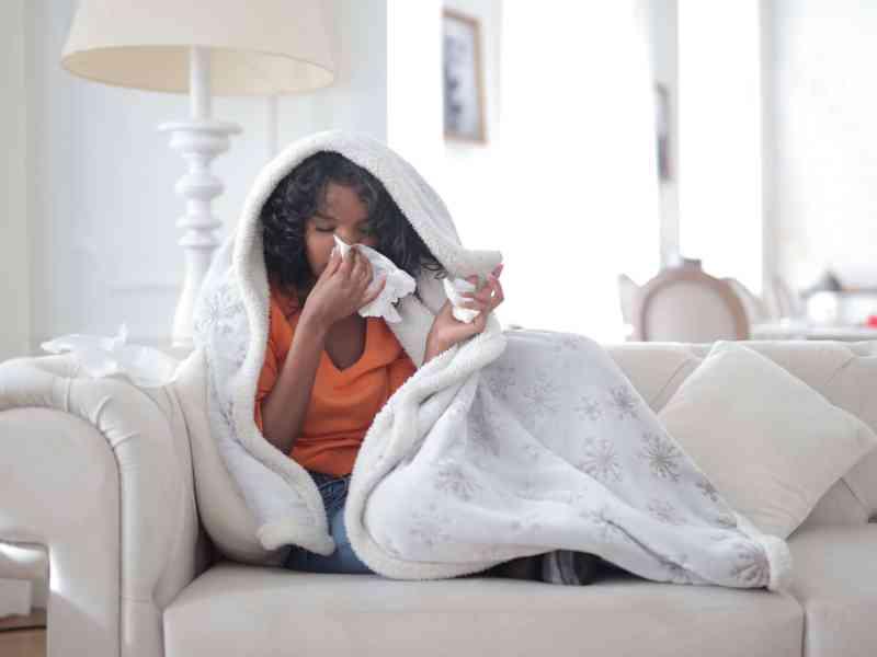 Cómo saber si su hogar le está causando alergias