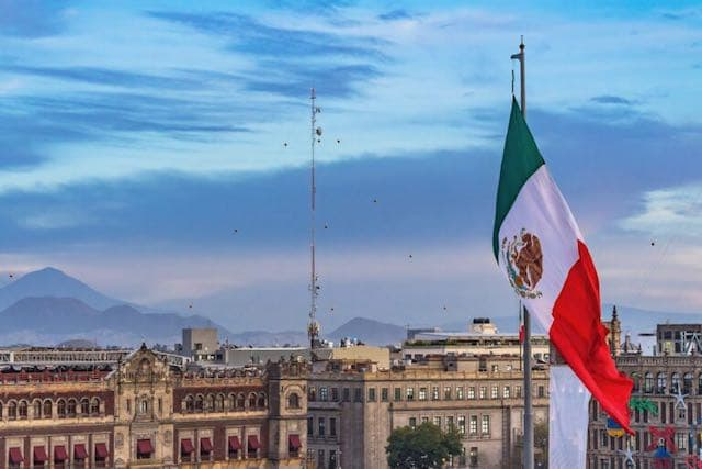¿Qué opinan los mexicanos sobre AMLO antes de su encuentro con Trump?
