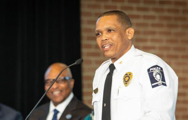 """Nuevo Jefe de Policía de Charlotte: """"solo un 6 % de nuestros oficiales son latinos"""""""