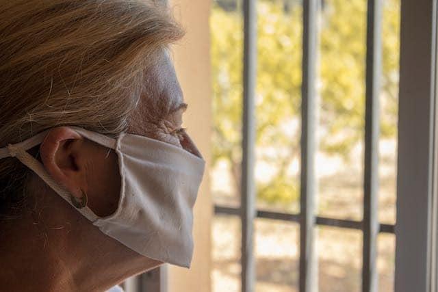 Hogares de ancianos privados en Carolina del Norte serán evaluados sobre COVID-19