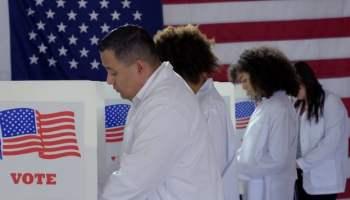 Cuales son los principales problemas en las elecciones de 2020 para los votantes latinos?