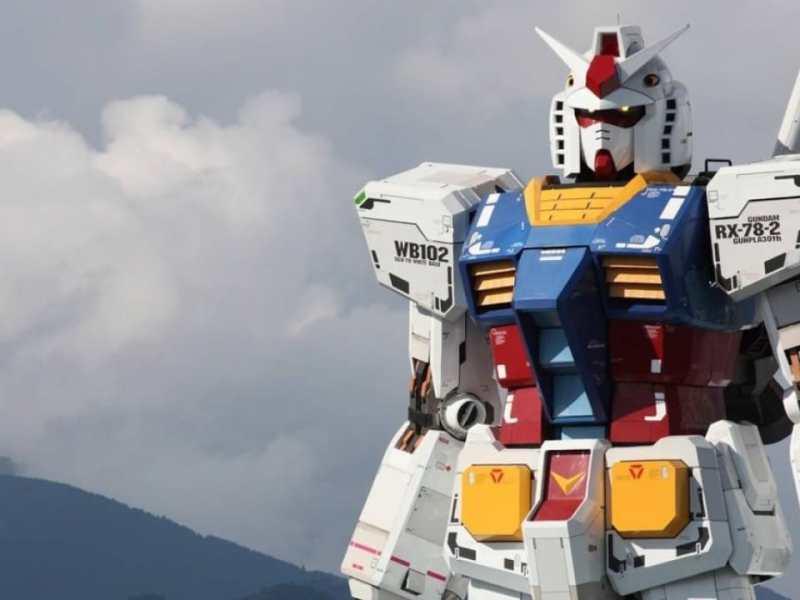 Gundam robot real japon