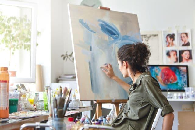 Se acerca la fecha límite para beca de apoyo para artistas