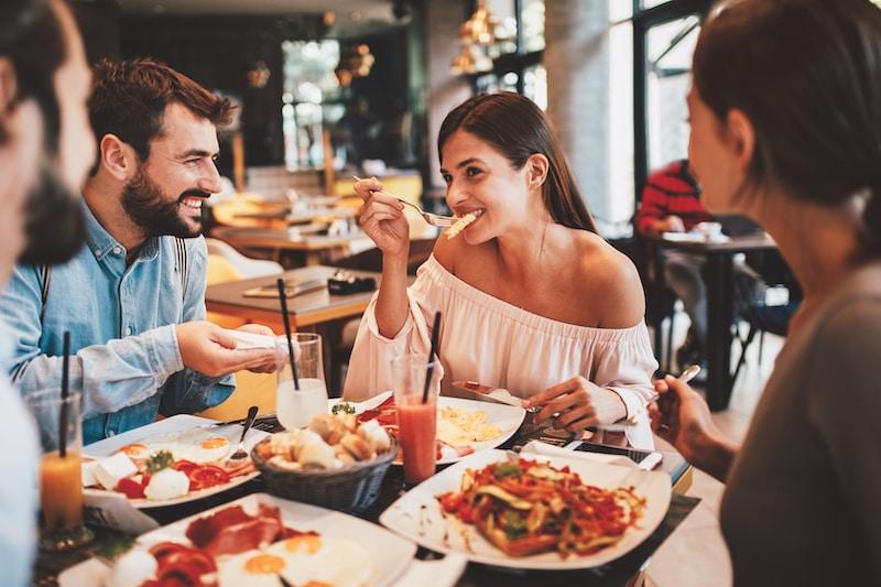 Restaurantes pueden abrir al 100 % de su capacidad en Carolina del Sur