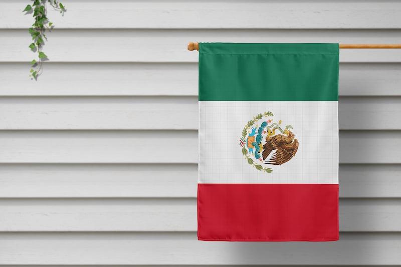 Amenazan de muerte a familia por poner bandera de México en Carolina del Norte