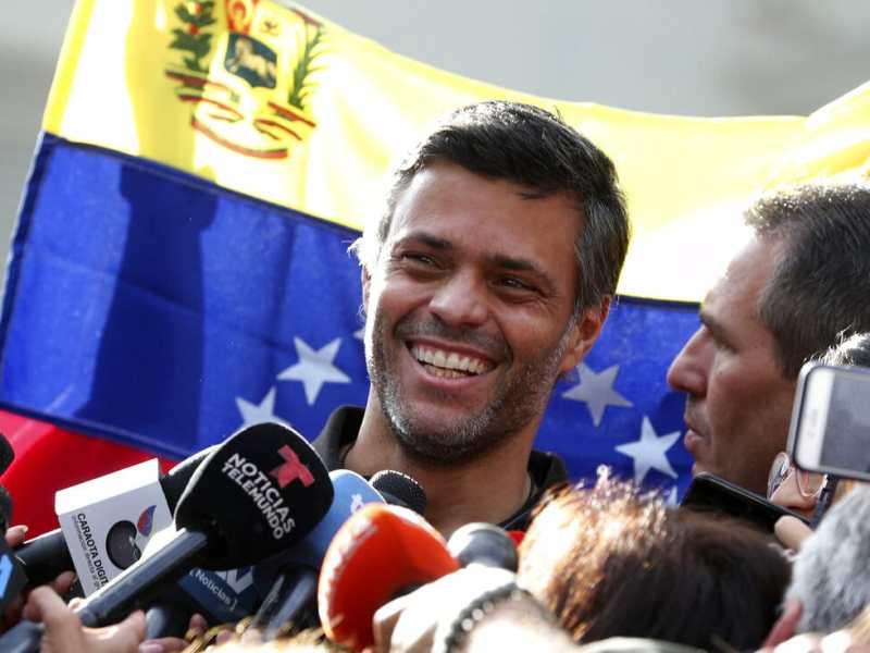 Leopoldo López se va de Venezuela con rumbo a Colombia