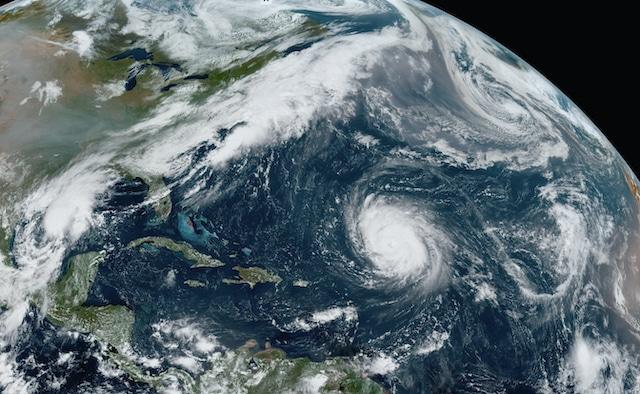Hay alerta de huracán en el sureste mexicano por la tormenta Gamma