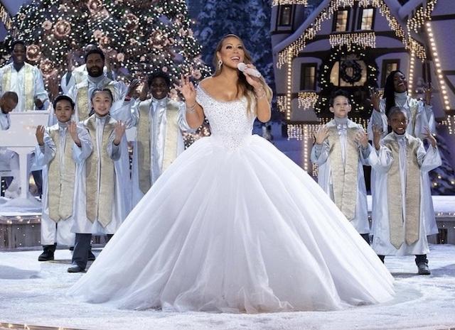 Mariah Carey promete salvar la Navidad con su nuevo especial