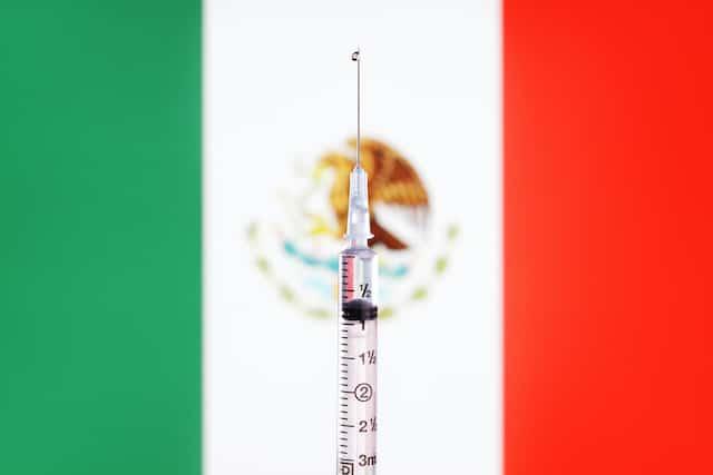 México inicia fase 3 de prueba de la vacuna china contra COVID-19