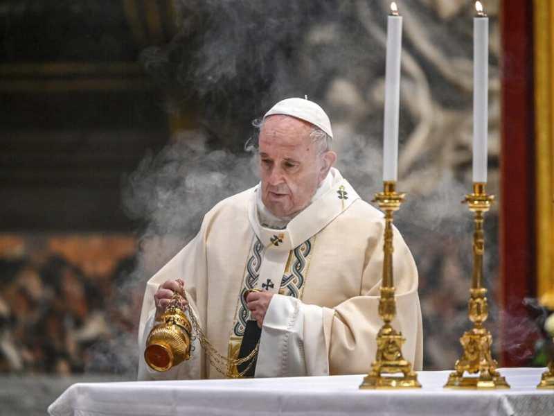 Papa Francisco: La pandemia nos ha recordado que nadie se salva solo.