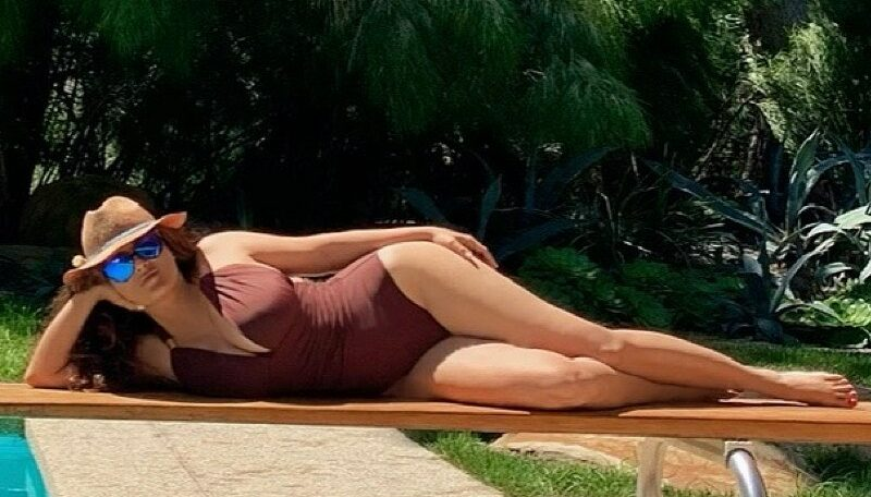 Salma hayek bikini 2020