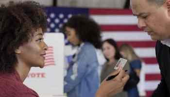 Tribunal federal respalda ley de identificación de votantes