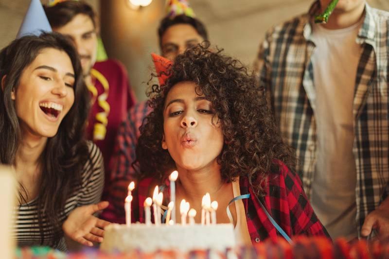 los-si-y-no-hacer-celebrar-un-cumpleanos-realmente-feliz